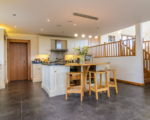 Northern ireland home design ideas renovations photos for Traditional kitchens ireland