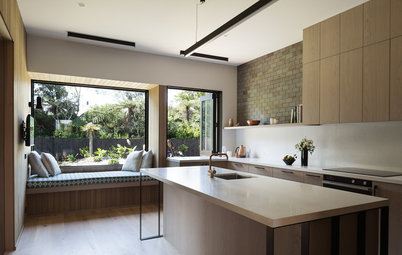 Houzz Tour: Setting a Stylish Agenda in a New Subdivision