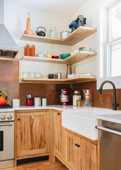 Sassafras And Copper Warm This Tennessee Kitchen