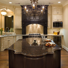 Traditional Kitchen by Frankel Building Group