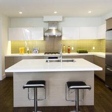 Contemporary Kitchen by Studio Marler