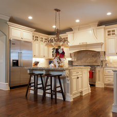 Contemporary Kitchen Houzz Tour: At Home In Buckhead