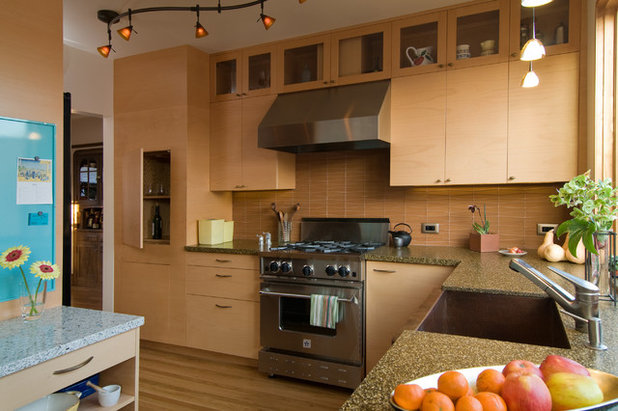Contemporary Kitchen Houzz Tour: Building Up to a View in Berkeley
