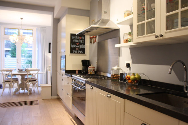 Traditional Kitchen by Holly Marder