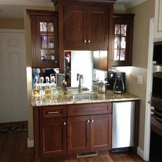 Traditional Kitchen by Carolina Cabinets Inc.