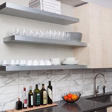 Modern Kitchen by Wud Furniture Design