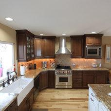 Traditional Kitchen by Stone Henge Floor Kitchen Bath