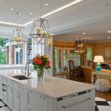 Traditional Kitchen by Camery Hensley Construction, Ltd
