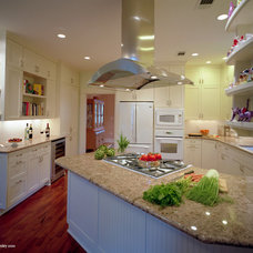 Traditional Kitchen by CG&S Design-Build