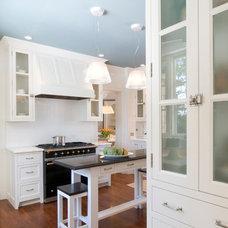 Traditional Kitchen by John Senhauser Architects