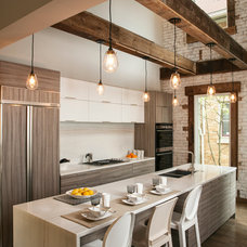 Industrial Kitchen by RM Interiors