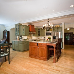 Traditional kitchen pictures - Inspiration for a timeless kitchen remodel in Raleigh