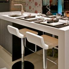 Modern Kitchen by Andros Kitchen & Bath Designs