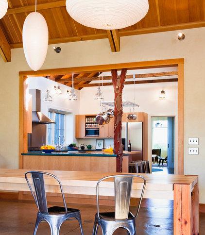 Farmhouse Kitchen by Arkin Tilt Architects