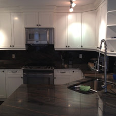 Traditional Kitchen by Ideal Woodwork Ltd