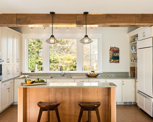 Country kitchen design ideas renovations photos with for Country kitchen flooring ideas