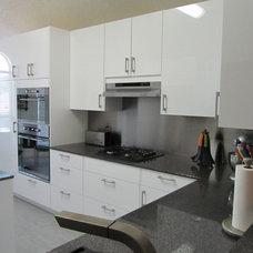 Modern Kitchen by Pegasus Construction LLC