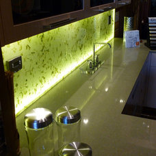 Asian Kitchen by Artistic Glass Innovations
