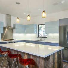 Modern Kitchen by Tahoe Real Estate Photography