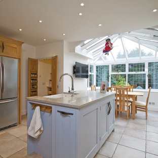 Example of a trendy kitchen design in Hampshire
