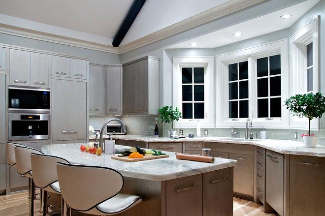 Современная классика Кухня by In Site Designs