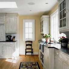 Farmhouse Kitchen by Sroka Design, Inc.