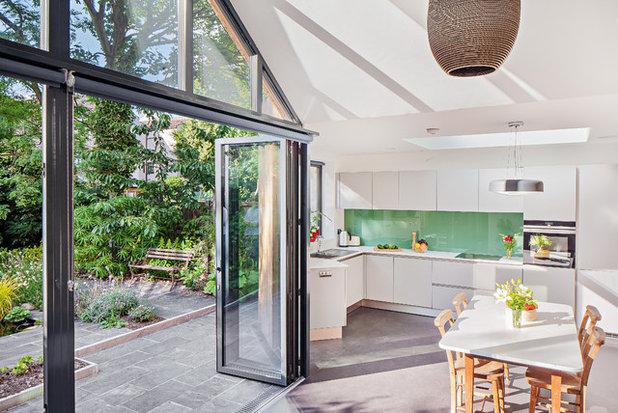 コンテンポラリー キッチン by Scenario Architecture