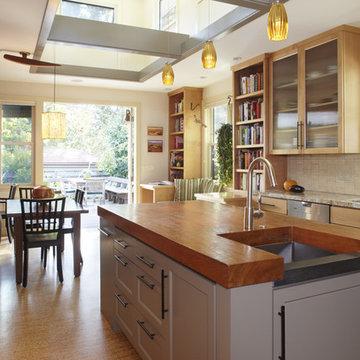 Indoor-outdoor Kitchen