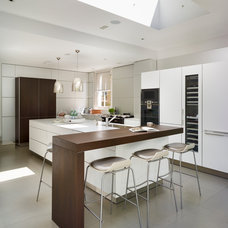 Contemporary Kitchen by bulthaup by Kitchen Architecture