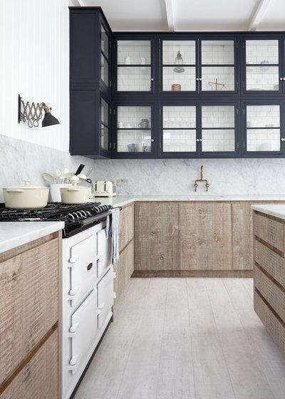 Современная классика Кухня by Blakes London