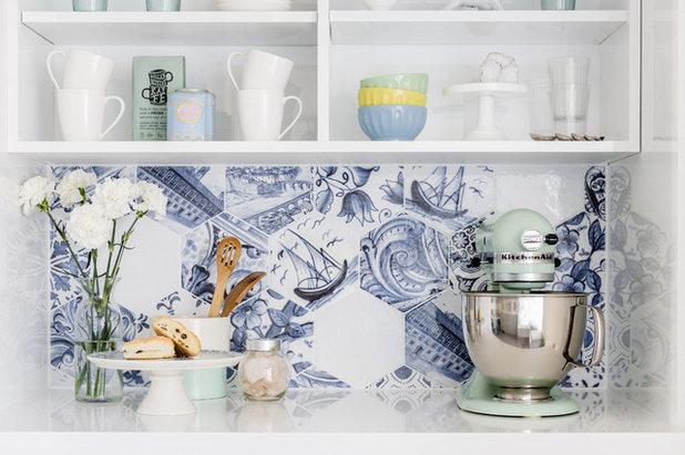 Modern Kitchen by Bobeche Interiors