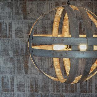 シカゴのインダストリアルスタイルのおしゃれなキッチン (エプロンフロントシンク、シェーカースタイル扉のキャビネット、白いキャビネット、木材カウンター、白いキッチンパネル、サブウェイタイルのキッチンパネル、白い調理設備、無垢フローリング) の写真
