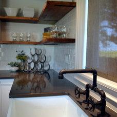 Industrial Kitchen by VARA Design
