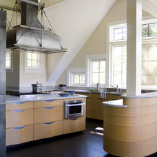 Industrial Kitchen by Austin Patterson Disston Architects