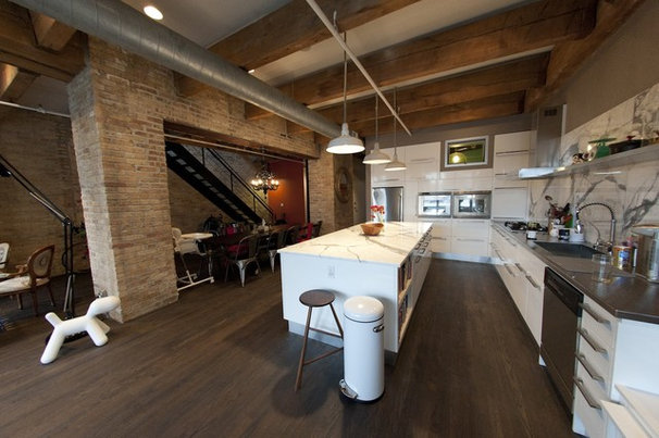 Industrial Kitchen by moss