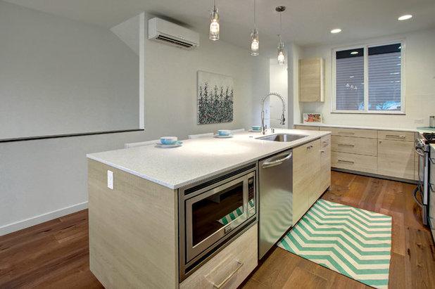 Contemporaneo Cucina by Isola Homes