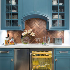 Traditional Kitchen by Innovation House GA