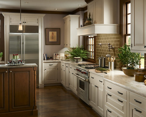 ... Kitchen Design Ideas, Renovations & Photos with Raised-panel Cabinets
