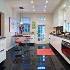 Contemporary Kitchen by Snaidero USA