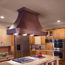 Traditional Kitchen by Copper Kitchen Specialists