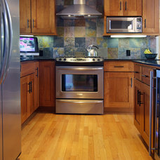 Traditional Kitchen by Integra Construction Group