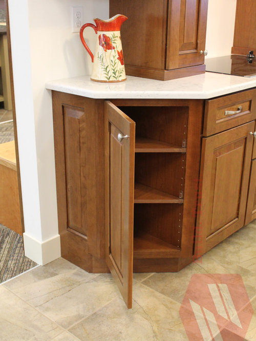 Decorative end panel houzz for Kitchen cabinets zeeland mi