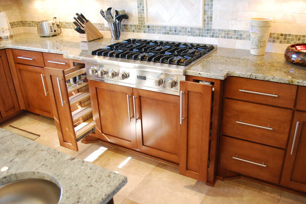 Traditional Kitchen by Cliff's Cabinet Company