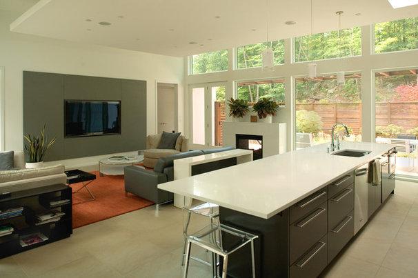Modern Kitchen by Colangelo Associates Architects