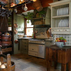 Traditional Kitchen by Karen Schaefer Louw