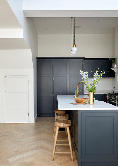 Victorian Kitchen by Hannah Portman Interior Design