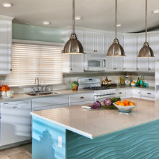 Contemporary Kitchen by Bill Mathews Photographer, Inc