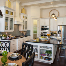 Traditional Kitchen by Masterpiece Design Group