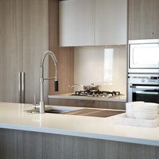 Modern Kitchen by Gaile Guevara