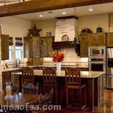 Rustic Kitchen by MSA ARCHITECTURE + INTERIORS